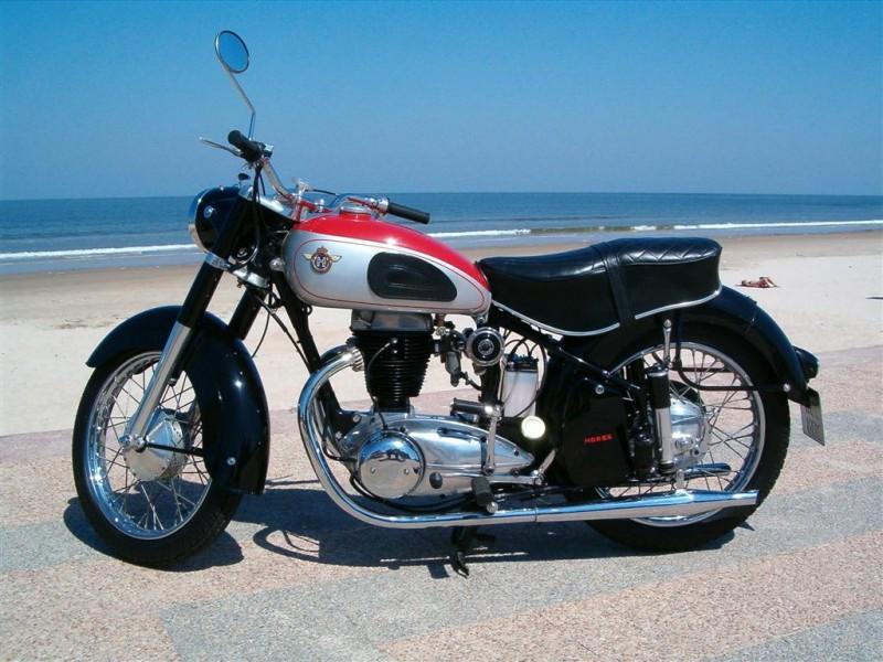 classic bikes regina 350 cc de 1952 galerie www. Black Bedroom Furniture Sets. Home Design Ideas