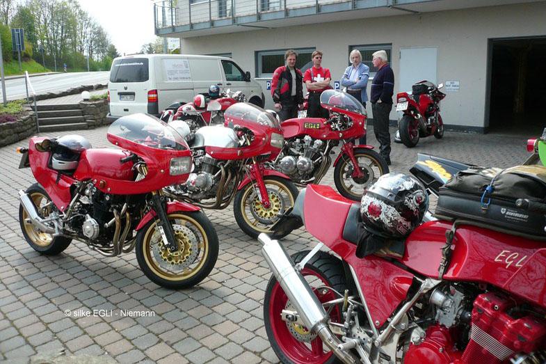 Treffen online de motorrad